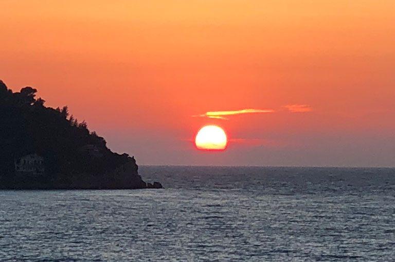 Schiffscharter Italien - Sonnenuntergang