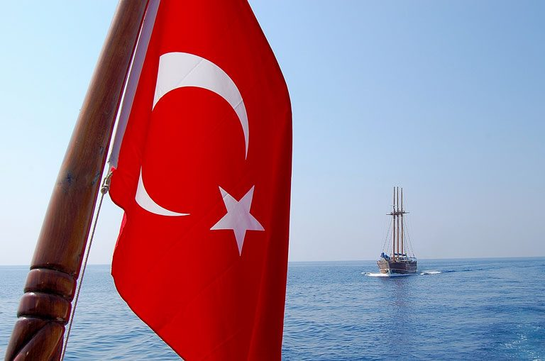 Schiffscharter Türkei - Türkische Flagge
