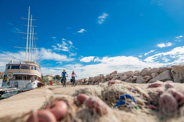 Schiffscharter Kroatien - Radausflug